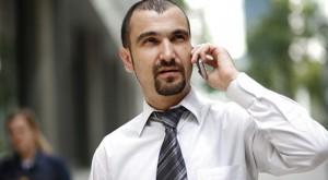 Jak najtaniej dzwonić do Polski z komórki na kartę?